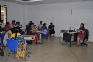 In-house training for conservator-Workshop for museum gallory professionales